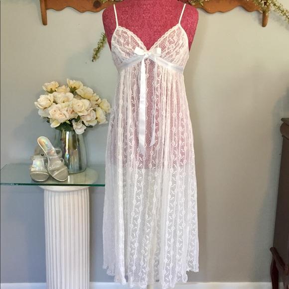 Cinema Etoile Intimates & Sleepwear   Long White Lingerie Night Gown ...